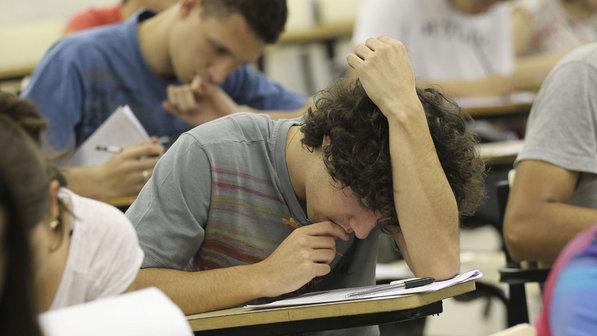 estudante-prova-vestibular-faculdade-unicamp-20111113-size-598
